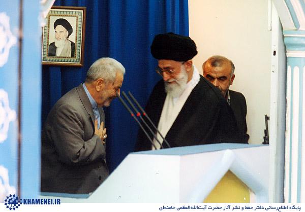 khamenei-namaz-jome-30sal-14