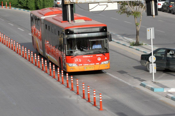 اتوبوس تندرو