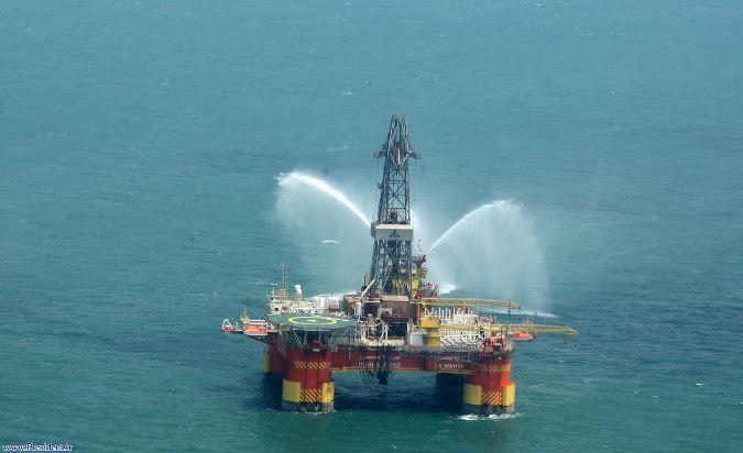 هرسال 10 دکل نفتی؛ بی سروصدا در آبهای ایران گم می شوند!