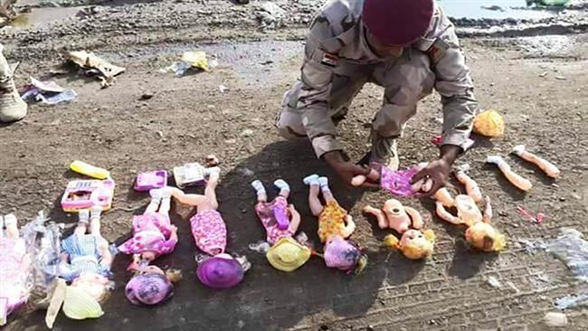 داعش چه عروسکهایی را قصد داشت در میان زائران اربعین توزیع کند؟ + تصاویر