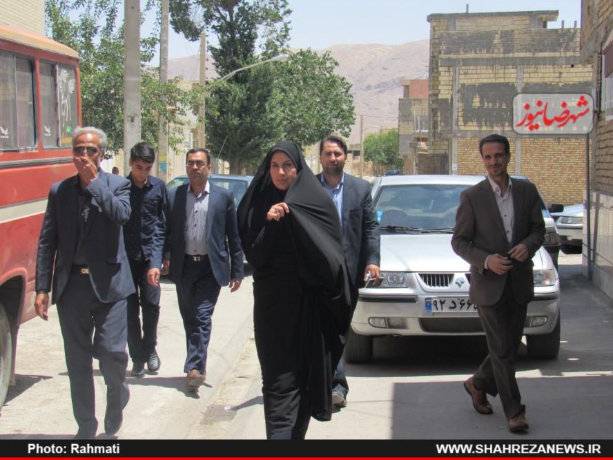 دیدار نماینده و مسئو لین با ایت الله نجفی و شهدا نیروی انتظامی (131)