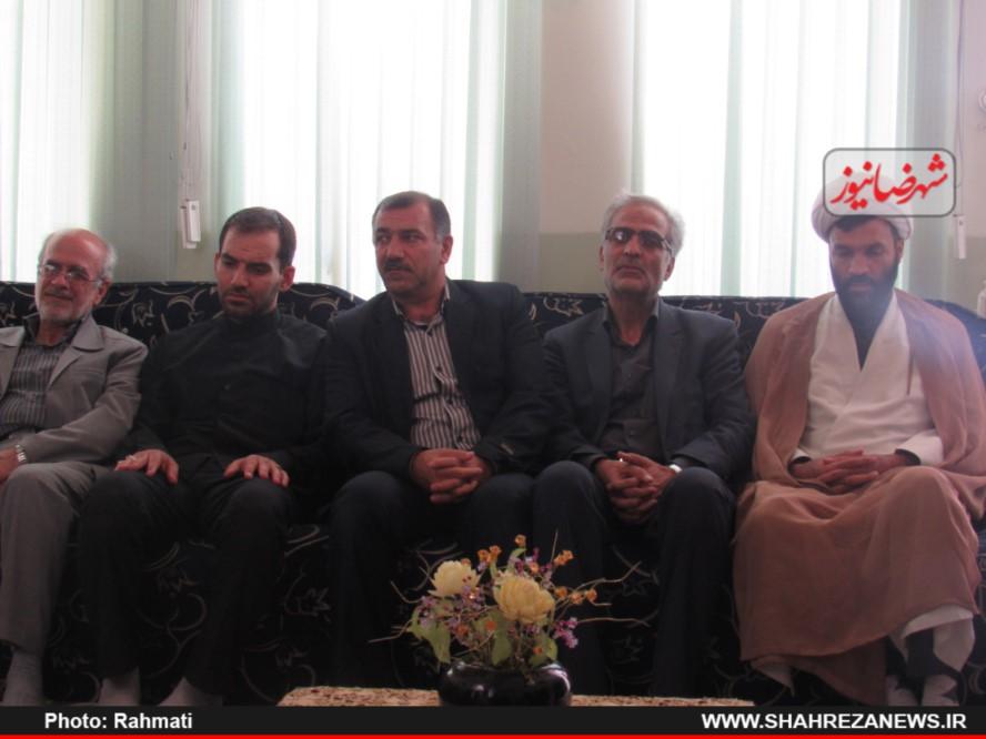 دیدار نماینده و مسئو لین با ایت الله نجفی و شهدا نیروی انتظامی (191)