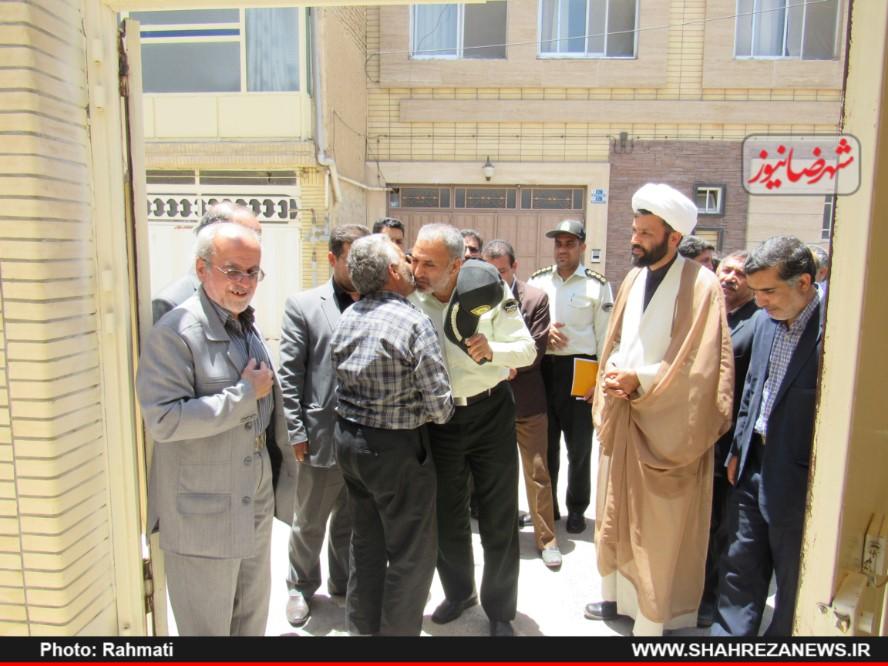 دیدار نماینده و مسئو لین با ایت الله نجفی و شهدا نیروی انتظامی (242)