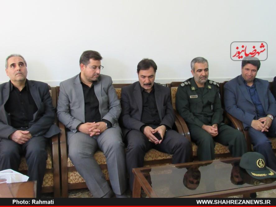 دیدار نماینده و مسئو لین با ایت الله نجفی و شهدا نیروی انتظامی (276)