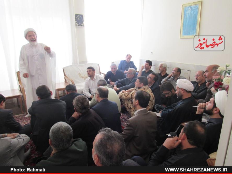 دیدار-نماینده-و-مسئو-لین-با-ایت-الله-نجفی-و-شهدا-نیروی-انتظامی-66