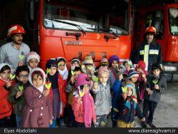 ادای احترام مردم فریدن به شهدای آتشنشان حادثه پلاسکو /تصاویر