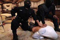 دستگیری متهم دستبند