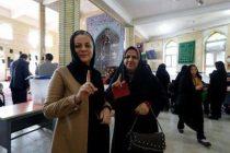 election-women-vote96010606-photos