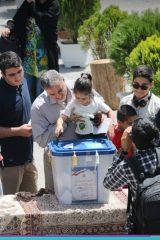 صفوف رای مردم اصفهان در انتخابات (11)