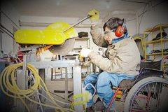 توانمندسازی معلولان