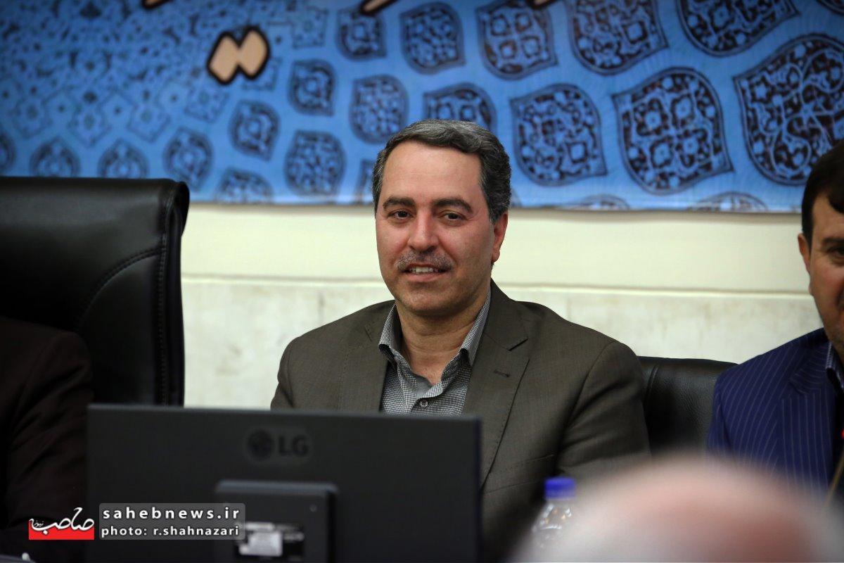 نشست خبری استاندار اصفهان (20)