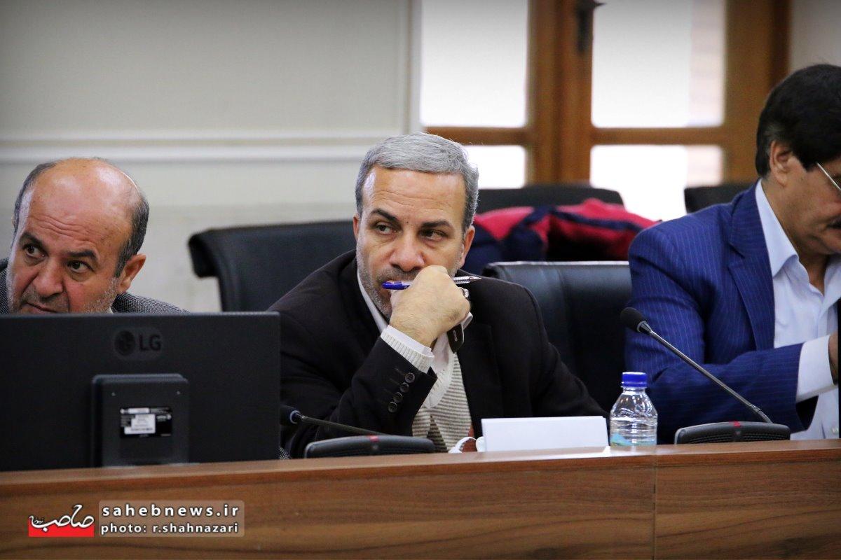 نشست خبری استاندار اصفهان (29)