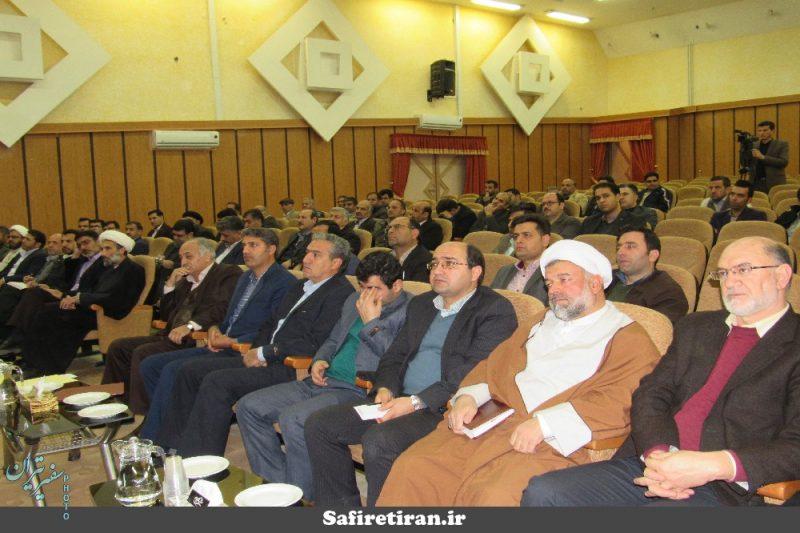 در مراسم شورای اداری تیران و کرون مطرح شد؛ ضرورت همکاری مردم در پروژه فاضلاب تیران/ اصفهان اولین استان در تهیه آرشیو الکترونیکی اسناد املاک در کشور است