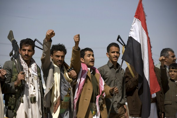l_yemen_houthis_02042015