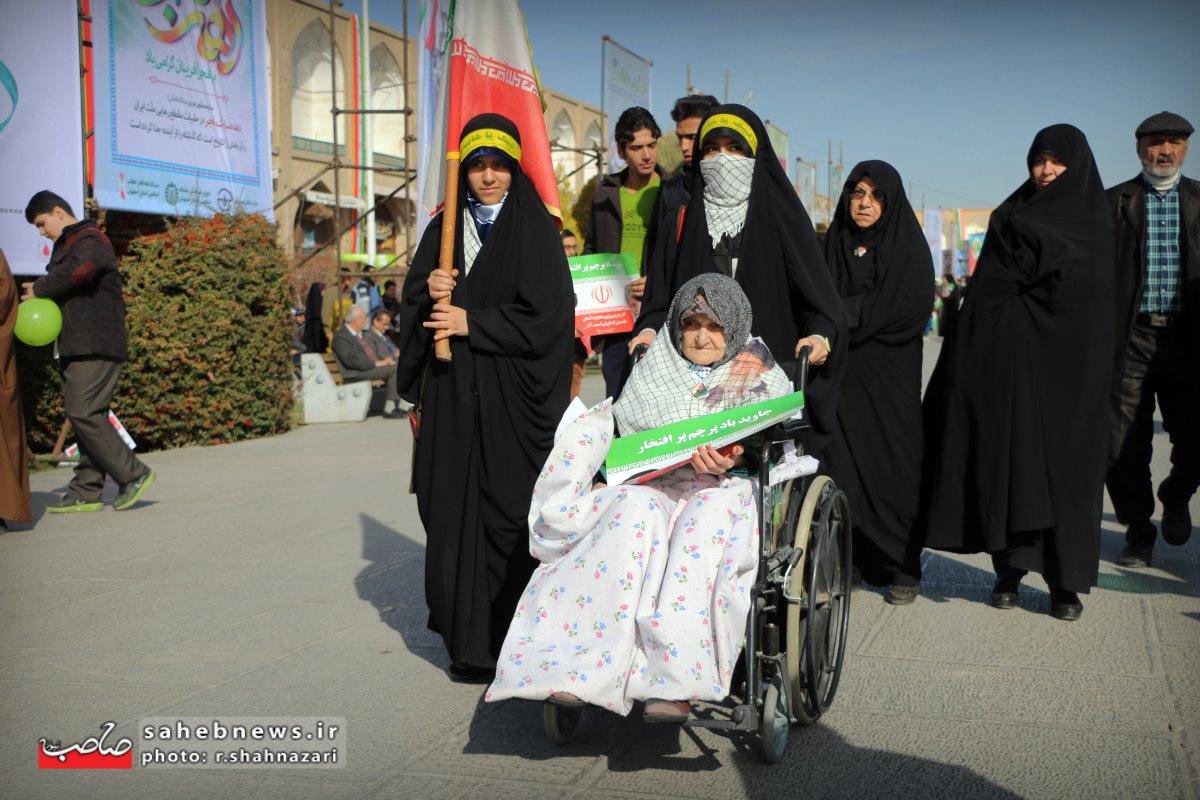 22بهمن اصفهان (25)