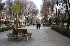 1200px-Charbagh_isfahan