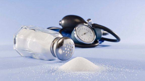 7-باور-غلط-درباره-مصرف-نمک