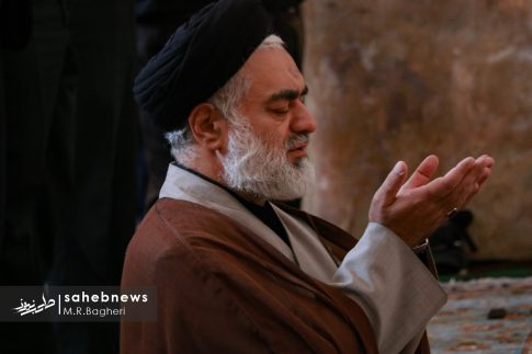 نماز ظهر عاشورا (1)