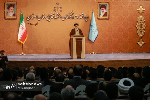 آیت الله رئیسی در اصفهان (14)