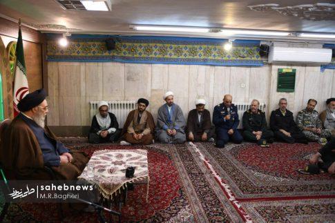 دیدار نیرهای مسلح اصفهان با امام جمعه (1)