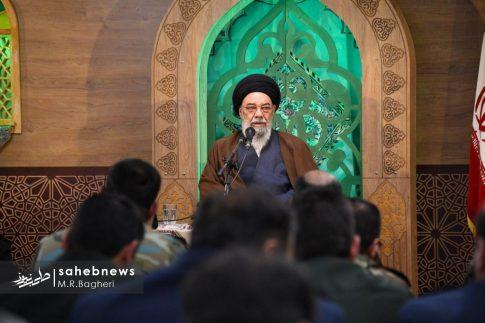 دیدار نیرهای مسلح اصفهان با امام جمعه (6)