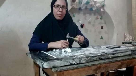 فرشته دری صنایع دستی شرق اصفهان