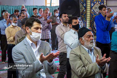 اقامه نخستین نماز جمعه سال 1399 - شهرستان برخوار (19)