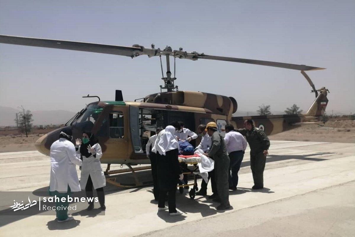 اورژانس هوایی اصفهان مادر چهارقلو (6)