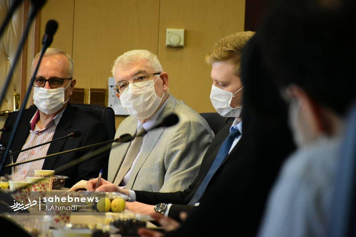 سفر سرکنسولگر روسیه به دانشگاه علوم پزشکی اصفهان (17)