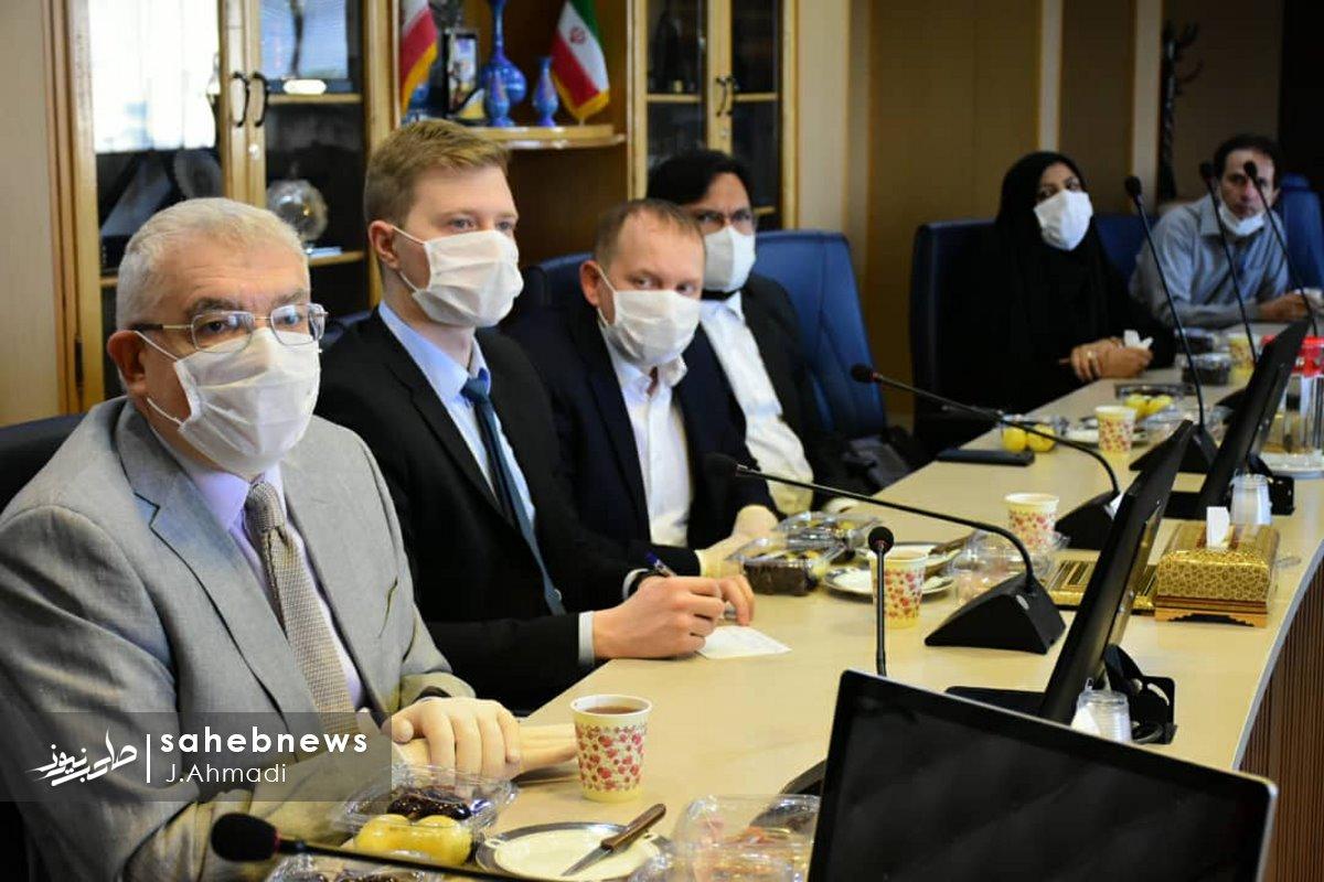 سفر سرکنسولگر روسیه به دانشگاه علوم پزشکی اصفهان (18)