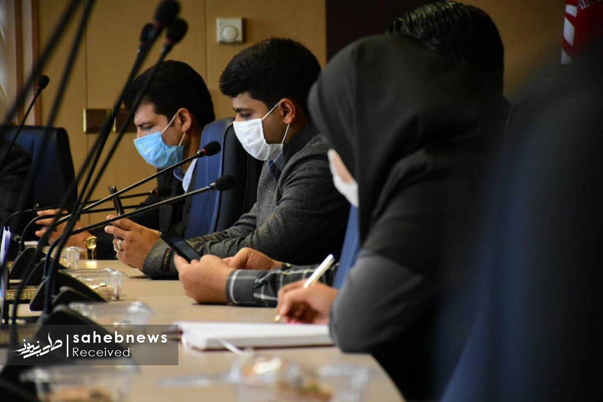 نشست خبری کرونا دانشگاه علوم پزشکی اصفهان (11)