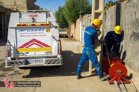 آغاز پروژه تبدیل شبکه برق فشار ضعیف به کابل خودنگهدار در برخوار (15)