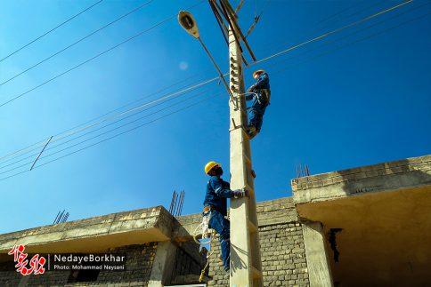 آغاز پروژه تبدیل شبکه برق فشار ضعیف به کابل خودنگهدار در برخوار (18)