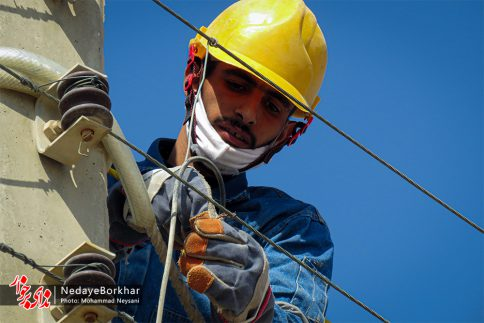 آغاز پروژه تبدیل شبکه برق فشار ضعیف به کابل خودنگهدار در برخوار (20)