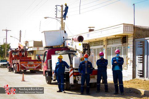 آغاز پروژه تبدیل شبکه برق فشار ضعیف به کابل خودنگهدار در برخوار (21)