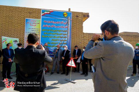 آغاز پروژه تبدیل شبکه برق فشار ضعیف به کابل خودنگهدار در برخوار (26)