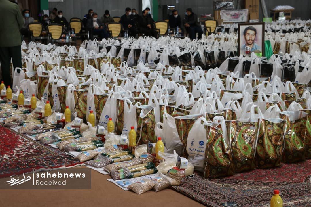 توزیع بسته های معیشتی خمینی شهر (14)