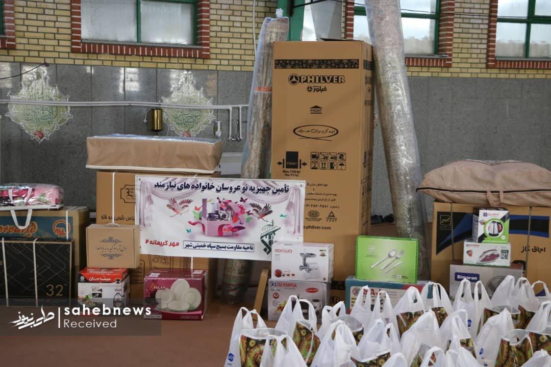 توزیع بسته های معیشتی خمینی شهر (15)