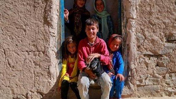 300 یتیم استان نیازمند مسکن